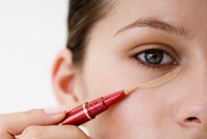 Concealer Yang Tepat Buat Wajah Lebih Bermaya Dan Cantik